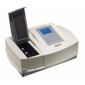 Duplasugaras UV-Vis Spektrofotométer - M550