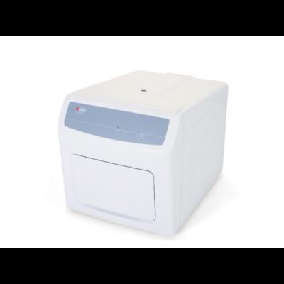 Accurate 96 valós idejű PCR készülék